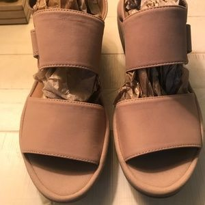 Clarks Wedge Reedly Breen Size 8 New without box